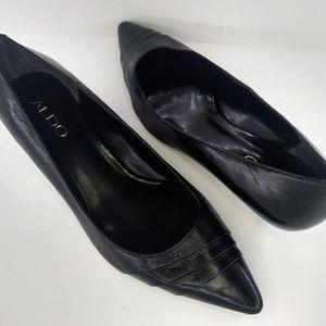 Aldo pleated pointed toe classic kitten heel pumps